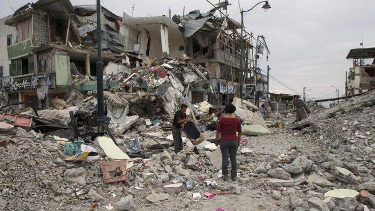 5 PUNTOS PARA ENTENDER LAS DIFERENCIAS ENTRE LOS TERREMOTOS DE JAPÓN Y ECUADOR Los sismos registrados la semana pasada en estos dos países han generado conmoción por el corto lapso entre ellos, pero, ¿qué tienen en común? Este sábado se registró un terremoto magnitud 7.8 en escala Richter en el país sudamericano, luego de que otro sismo sacudiera Japón horas antes.