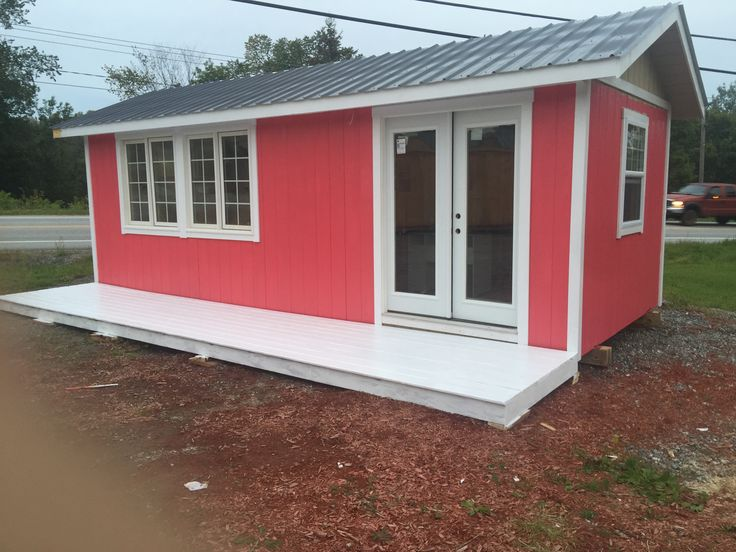 This bright 12 x 25 cottage was converted to be a movable retail store. West Quebec Shed Company converted a small finished cottage into a start up retail building that features gifts that feature roses. The concept became a big hit for start entrepreneurs that had a budget but wanted to run their very own shop. West Quebec Shed Company will build and deliver your store right to your property.