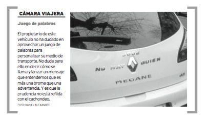 """Coche tuneado sin abuela. Modelo """"No hay quien"""" Megane. Publicado hoy en Diario de Ferrol."""
