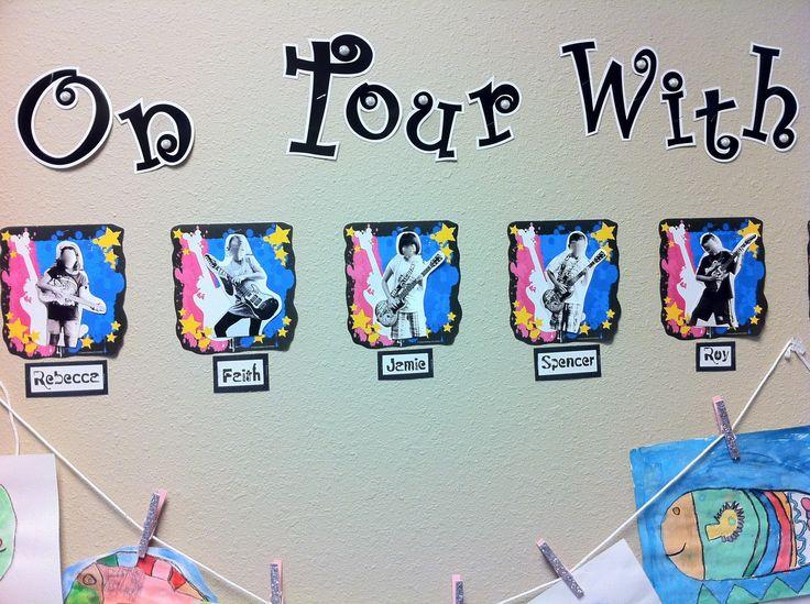 On Tour With 2nd Grade Hallway Decoration - MyClassroomIdeas.