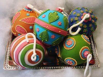 Christmas Cake - (Made by Cupcake Envy)