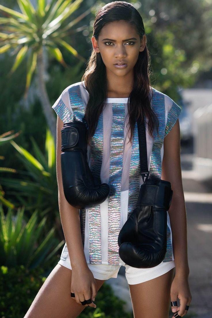 Kolekcja RS SS15 Zdjęcia - Karol Grygoruk  Stylizacja - Asia Ciesielska Produkcja - VAN DORSEN TALENTS  #ranitasobanska #polishfashiondesigner #sportfashion #fashiondesigner #ss15