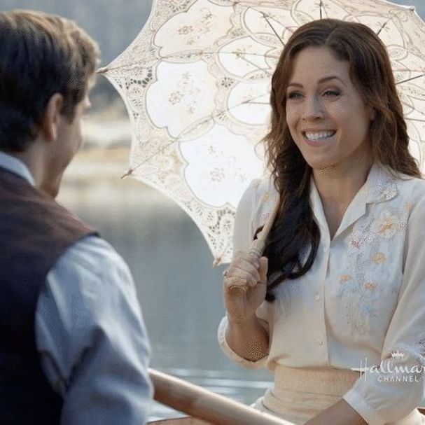 I hope you all felt as happy today as Elizabeth in a rowboat! Season 4 premieres this Sunday at 9/8c on @hallmarkchannel! #Hearties