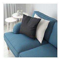 IKEA - STOCKSUND, Sofá 3 plazas, Ljungen azul, marrón claro, , Ofrece un soporte y comodidad excelentes, gracias al grueso cojín con núcleo de muelles embolsados y una capa superior de espuma y fibras de poliéster.El núcleo de muelles embolsados es duradero y mantiene durante mucho tiempo la forma y confort.Gracias al ángulo de inclinación del respaldo, el sofá parece más profundo y resulta más cómodo.La funda es fácil de limpiar, ya que se puede quitar y lavar a máquina.10 años de garantía…