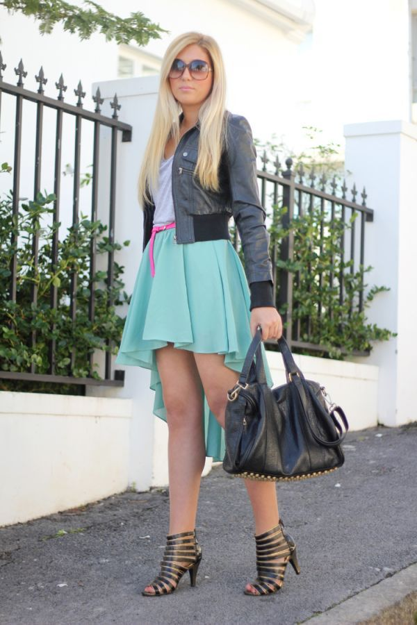 Look of the day - Hint of Neon by Carlinn Meyer | Fashion Click | teenvogue.com: Fashion Click, Mint Skirts, Colors Skirts, Neon Belts, Fashion Bloggers, D Pe Style, Chic Fashion, Teen Vogue Fashion, Africans Fashion