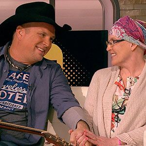 Garth Brooks meets the fan who was at his concert...the woman battling cancer who inspired him.