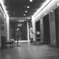 De kliniek voor Neurologie en Neurochirurgie, bij het UMC St. Radboud Ziekenhuis, 1974.