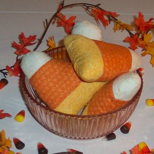 How to make Fabric Candy Corn for Your Harvest Decorating, sewing for the fall