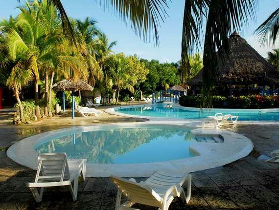Gracias a grace conoci este hotel. Es una maravilla. Sol palmeras, varadero. Cuba.