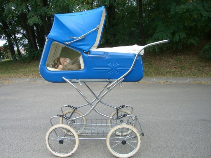 retro pram with window