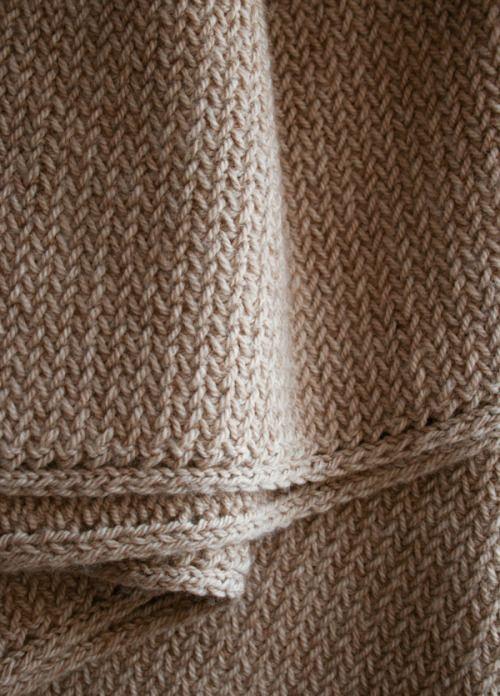 Mini Herringbone Scarf - the purl bee - beautifully knitted Love the edge