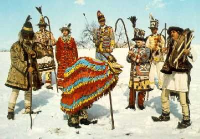 Why visit Romania for Christmas? Because of our amazing, time old traditions http://romania-to-go.com/3-unique-christmas-traditions-in-romania/ #christmas #romania  #traditions