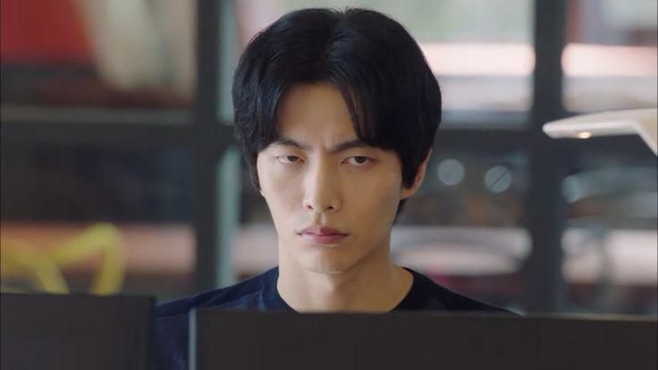 Me at school ahahaha Because this is my first life  Lee min ki