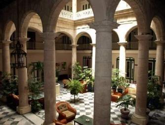 CUBA // Rum Revolution in Cuba: The Top Ten Hotels in Havana // http://theculturetrip.com/caribbean/cuba/articles/rum-revolution-in-cuba-the-top-ten-hotels-in-havana-/