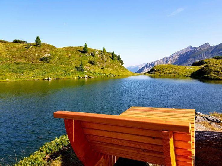 Im Sommer begeistert das im Salzburger Land gelegene Obertauern Wanderer, Mountainbiker und Bergbegeisterte mit kristallklaren Bergseen und vielen Wanderrouten