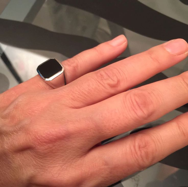Pinky ring, Signet Ring, Onyx Ring. Silver Signet Ring, Black square Signet Ring, Man Pinky Ring, Woman Pinky Ring, women ring, men ring by Limajewelry on Etsy https://www.etsy.com/listing/255993804/pinky-ring-signet-ring-onyx-ring-silver