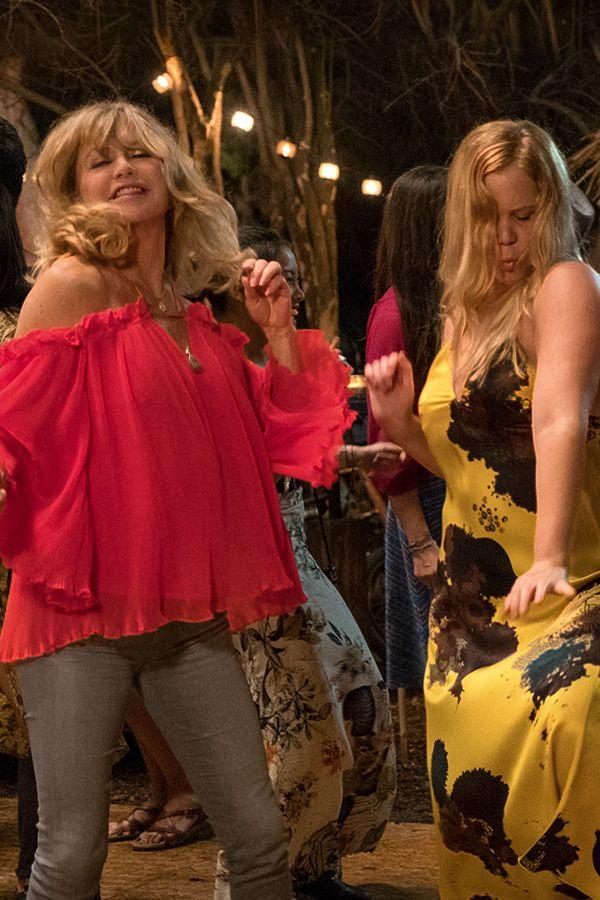Amy Schumer & Goldie Hawn star in Snatched on Blu-ray, DVD & Digital HD