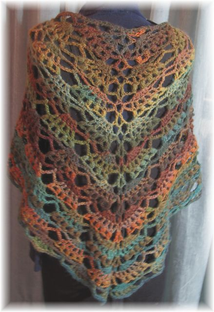 Crochet Wrap : Amazing Elegant Shawl: free crochet pattern - I did this in cream...it ...