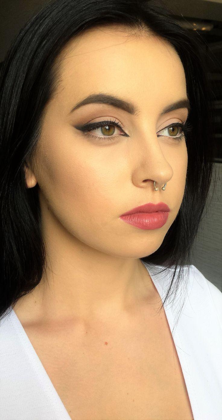 cat eye makeup  sexy makeup
