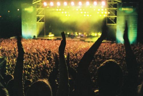Concert: Summer Concerts, Concerts Too, Amazing Concerts, Outdoor Concerts, Doors Concerts, Concerts Rocks, Indie Concerts, Bucketlist Time, Concerts Junkie