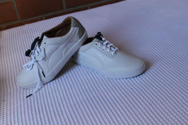 Tenis Puma, clasicos color blanco Mr Queen, un estilo creado para salir y trabajar.