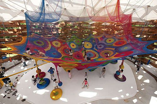 interesting+crochet | toshiko horiuchi macadam crochets colorful yarn into large scale nets ...