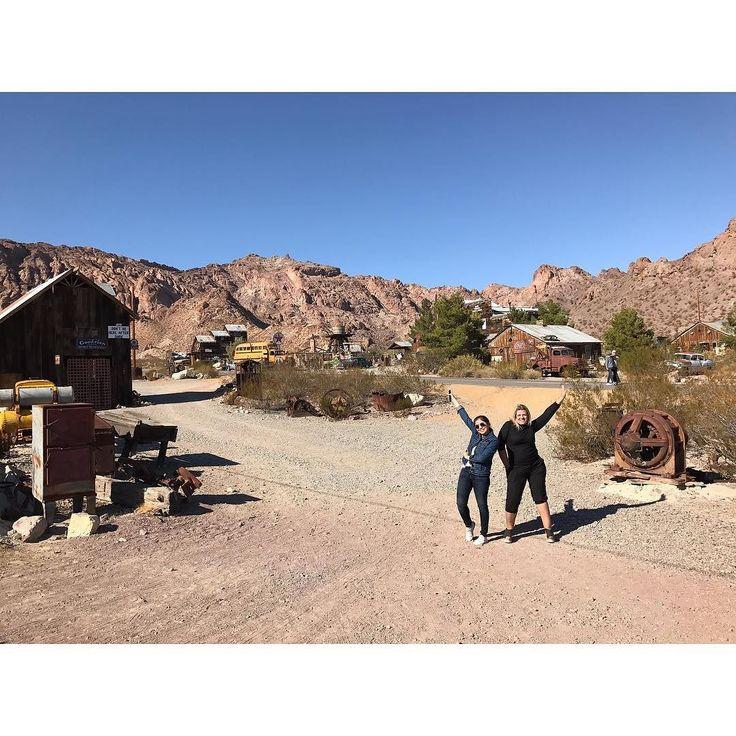 """Ontem fomos em """"Nelson Ghost Town"""" uma cidade fantasma de verdade que fica à 45min de Las Vegas!  Gostou? Então corre para o stories que tem todos os detalhes!  #nelsonghosttown #lasvegas #ldcemvegas #lardoceviagem #gienandonostates #ldcnostates"""