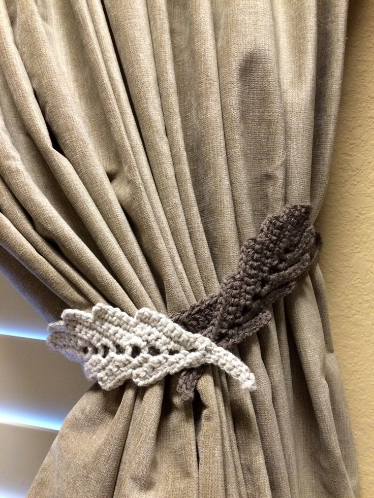 Crochet Curtain Tiebacks Leaf Pattern (1 pair / taupe & linen color) by JinesCrafts on Etsy
