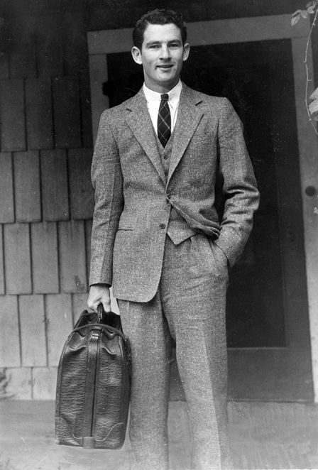 Perfect outfit for a professional workday for men of the 1940's was a wool grey suit. The buttoned up shirt had a smaller collar compared to today (Was the style) Dress pants were worn above the hip area; in result, expressing as though men had longer legs then they really did.