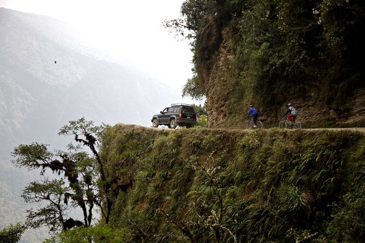 Deadly-Roads-Yungas-Road