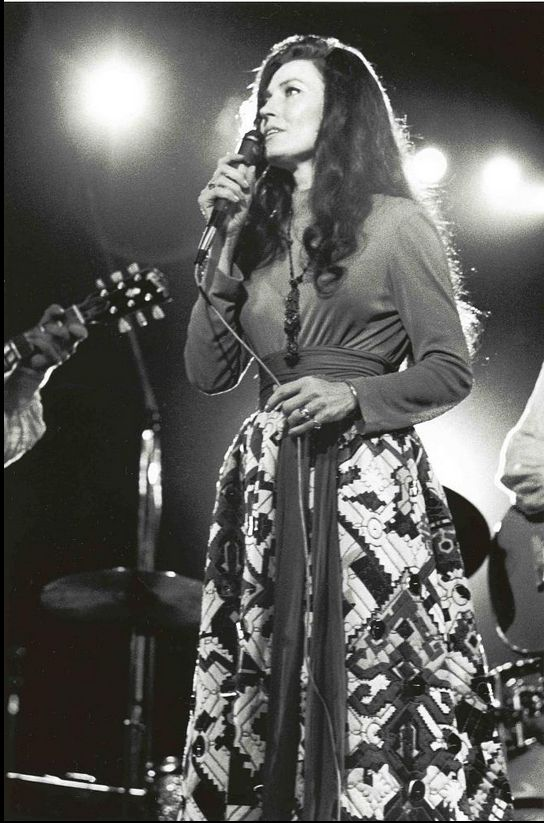 Country Music Great Loretta Lynn, 1971