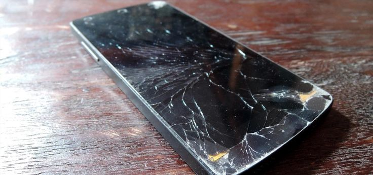 This Extreme Trick Lets You Salvage the LCD from Your Broken Phone Screen « Smartphones