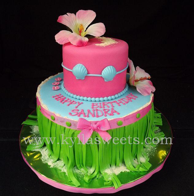 Hawaiian luau cake ~~~~~~~~~ bolo luau havaiana by Kyllasweets, via Flickr