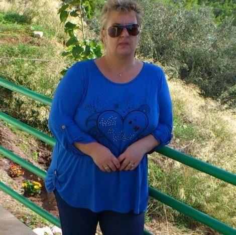 Η Δήμητρα Λογοθέτη γεννήθηκε στις5 Απριλίου. Είναι παντρεμένη και μένει στην Αθήνα. Το ενδιαφέρον της και η αγάπη της για το χειροποίητο ,εστιάζεται στη κατασκευή εικόνων -αγιογραφίας σε ξύλο. Ξεκίνησε να ασχολείται με την δημιουργία εικόνων πριν από 3 χρόνια. Χρησιμοποιεί διάφορα χρώματα , πηλό και φυσικά ξύλο. Μπορείτε να επικοινωνήσετε μαζί της στο προσωπικό … Συνέχεια ανάγνωσης ΔΗΜΗΤΡΑ ΛΟΓΟΘΕΤΗ →