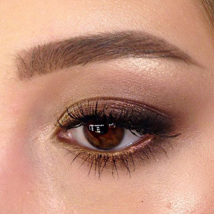 "89 Likes, 4 Comments - Школа макияжа FaceTime СПб (@sofia_baburina) on Instagram: ""И последнее на сегодня  #mac #mua #makeupartist #sofia_baburina #facetime_spbmua #makeuparti…"""