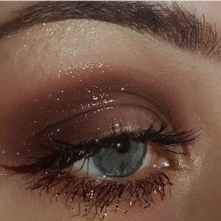 The lashes are lava. : @coolgirlswearmugler #motd #fotd #eotd #colors #beautifulgirl #vivid #gloss #lava #cosmetic #highlight #wingedliner #eyes #lashes #eyelashextensions #dressyourface #modelmalay #tones #beautiful #beauty #cosmetics #makeup #gold #love #glossy #brows #instabeauty #instamakeup #eyebrows #eyeshadow #wakeupandmakeup makeup