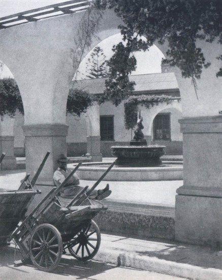 """La Serena en 1959Fotografía del Libro """"Chile"""" de Robert Gerstmann"""".    - EnterrenoEnterreno"""