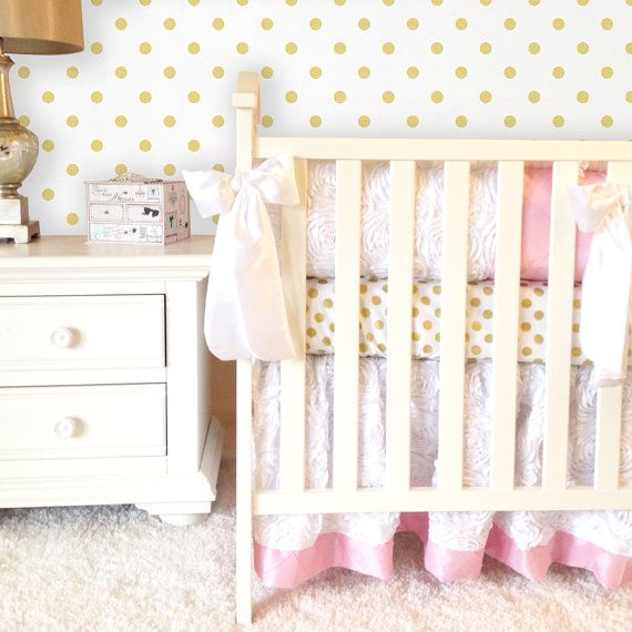 Best 25+ Custom baby bedding ideas on Pinterest   Navy ...