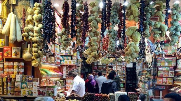 Eminonu-market.
