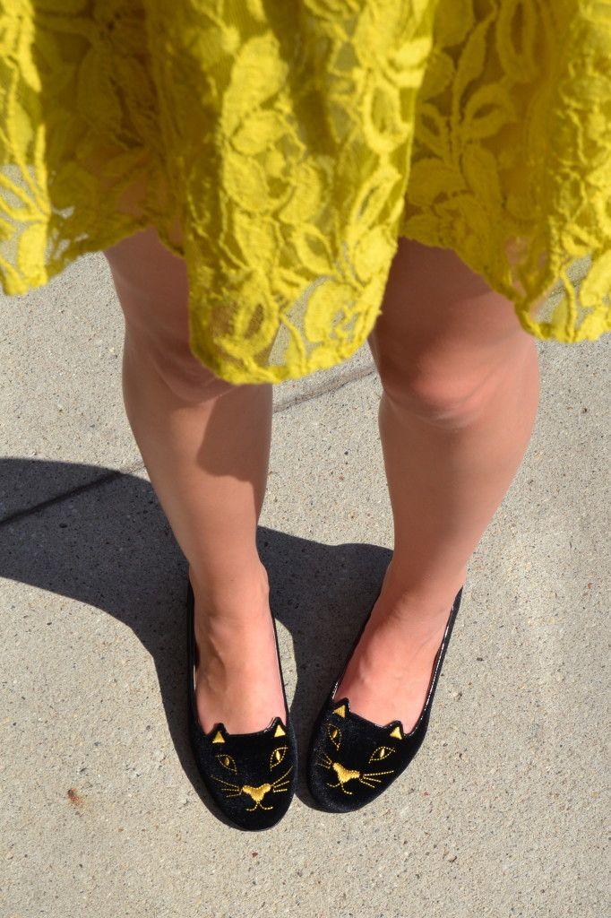Lace dress & kitten flats / outfit inspiration