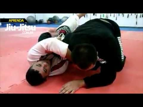 "Aprenda Jiu Jitsu - Estrangulamento na meia guarda perdida com Robson ""Pit"" Medeiros - YouTube"