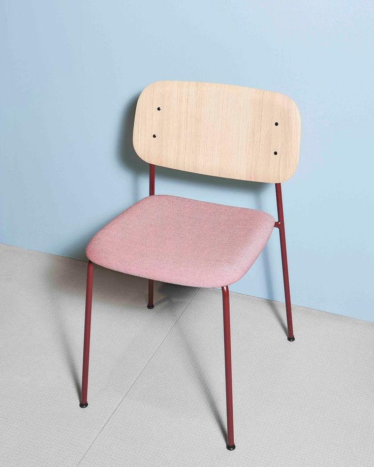The upholstered Soft Edge by Iskos-Berlin #iskosberlin #HAY #HAYdesign