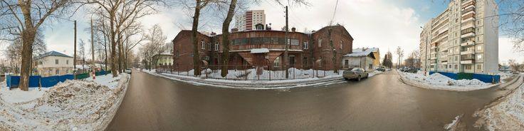 Деревянный дом номер 1 на улице Краснозвездная