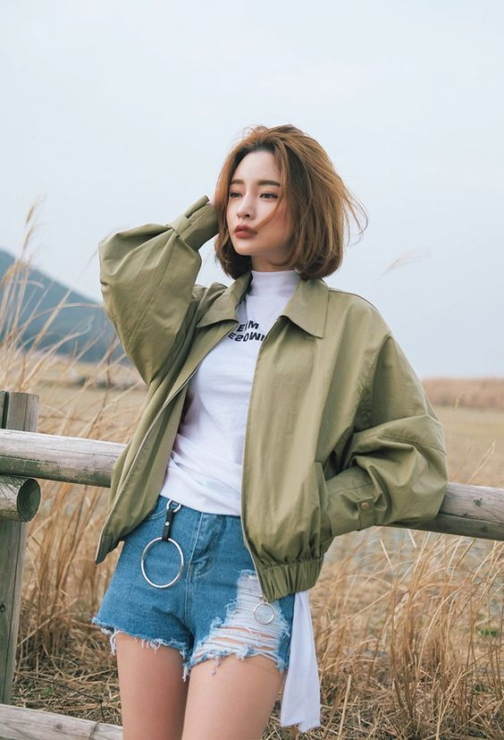 White top, short jeans and olive jacket - LadyStyle