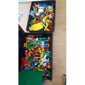 Lego Duplo, To kæmpe kasser med alt muligt blandet duplo ...