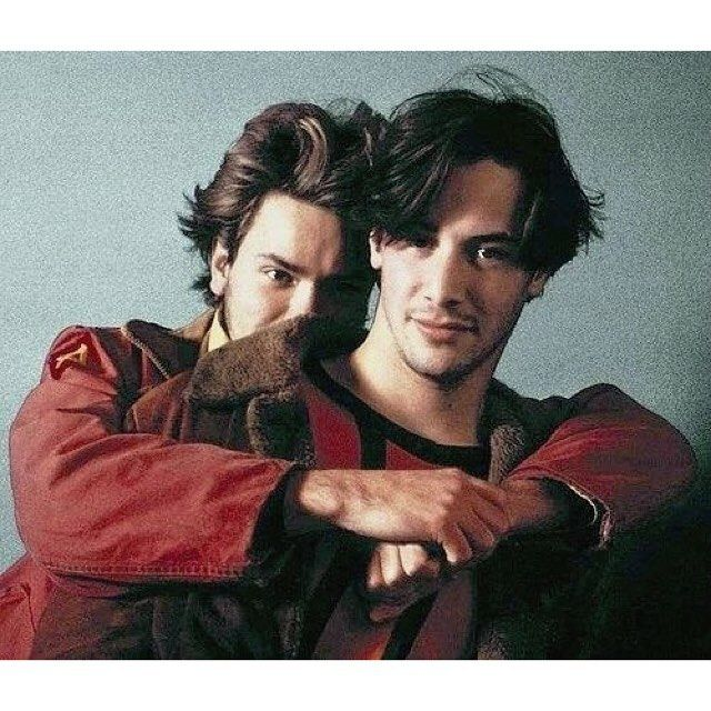 Keanu Reeves friend river peonix зурган илэрцүүд