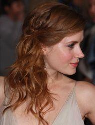wedding hair - so pretty with the tiny plaits