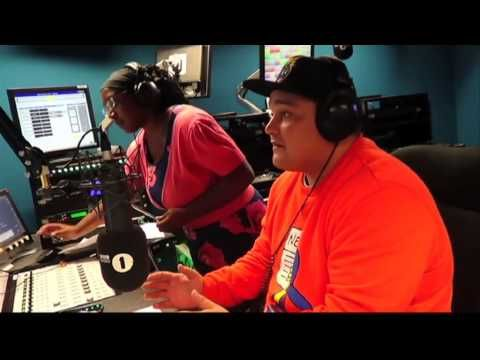 James McAvoy chats to Charlie Sloth about Angelina Jolie and not being recognised #ExtraHipHop #ExtraRnB #1XtraBigUp - http://fucmedia.com/james-mcavoy-chats-to-charlie-sloth-about-angelina-jolie-and-not-being-recognised-extrahiphop-extrarnb-1xtrabigup/