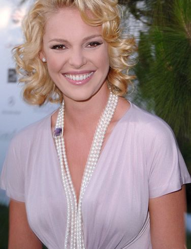 This gal. Love Katherine Heigl!: Amazing Woman, Shorts Blondes, Girls, So Cute, Blondes Curls, Katherine Heigl She, Shorts Er, Blonde Curls, Beautiful People