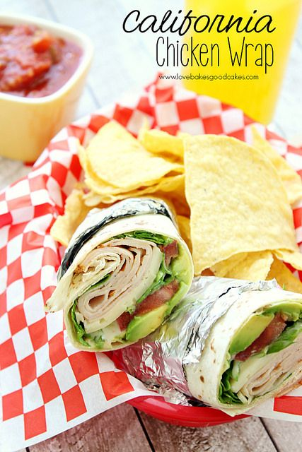 This California Chicken Wrap is an easy lunch or dinner idea! No need to heat up the kitchen! #coolsummer #wraps